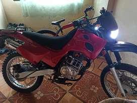 Moto TRAXX 150