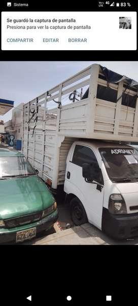 Se vende KIA 2700 camión baranda