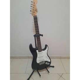 Guitarra Eléctrica Squier By Fender - Bullet Strat
