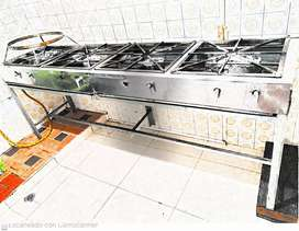 Se vende cocina industrial de 4 fogones