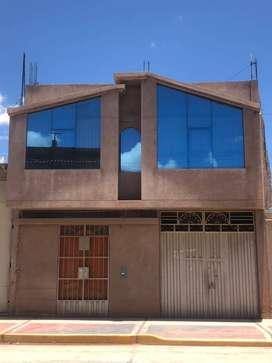 Vendo casa por la av Tacna