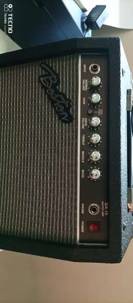 Amplificador nuevo de 20 vatios marca boston
