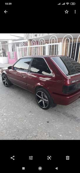 Hermoso Mazda qp aire acondicionado rines de lujo llantas nuevas