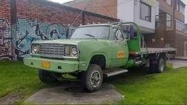 Camioneta Dodge planchon