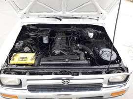 Toyota Hilux, año1994, motor diésel 2L2L
