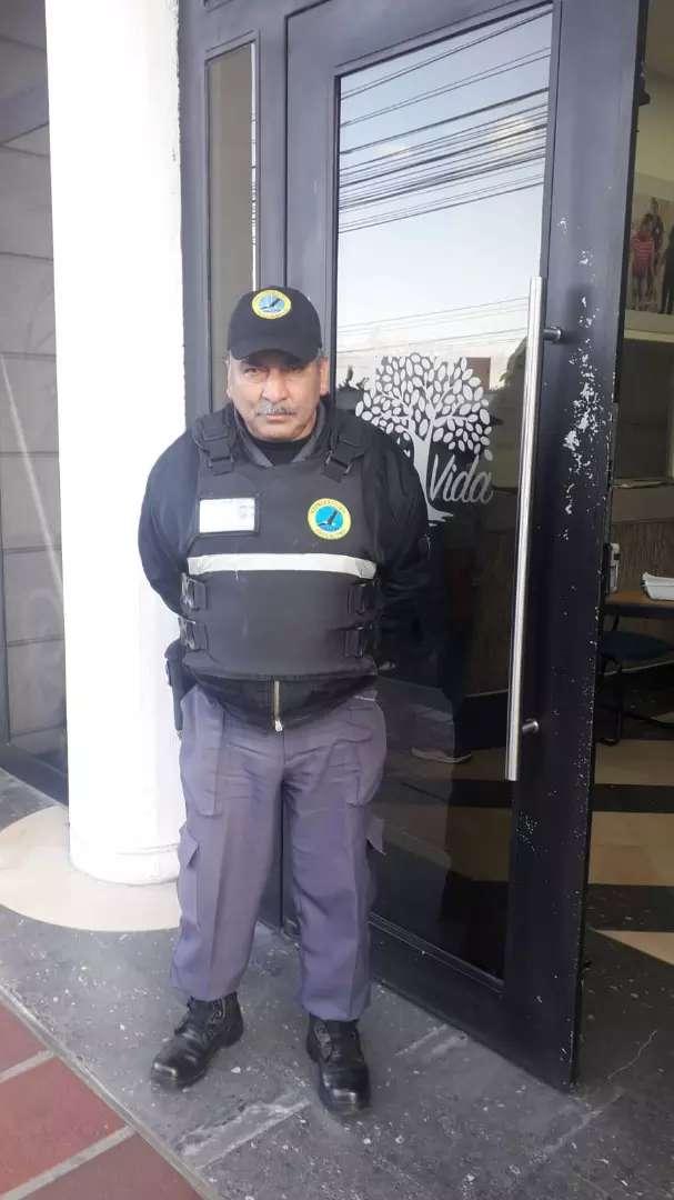 Guardia de Seguridad Camaronera Duran 0
