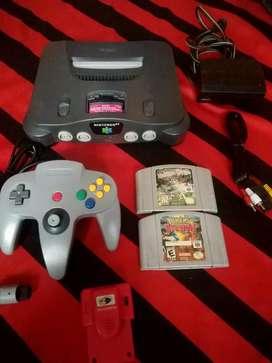 Nintendo 64 con control nuevo .dos juegos .sus cables y listo para jugar