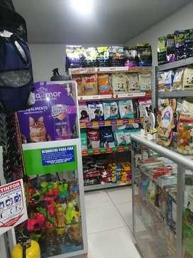 Se vende pet shop