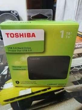 Disco Duro Externo de 1TB - TOSHIBA - 3.0
