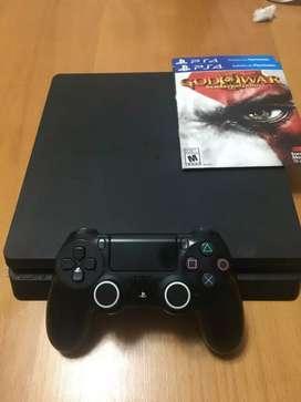 Playstation 4 (slim 500gb) usada con un joystick y 2 juegos
