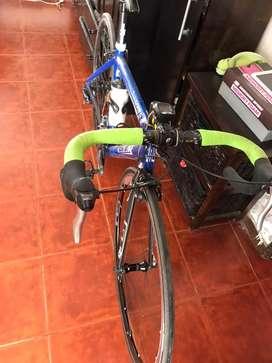 Bicicleta GT ruta