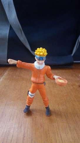 Vendo Naruto con Su Sopa