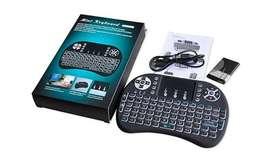 Mini Teclado inalámbrico retroilumunado (gamer), para computador, televisor, tvbox, celular, interfaz USB, recargable