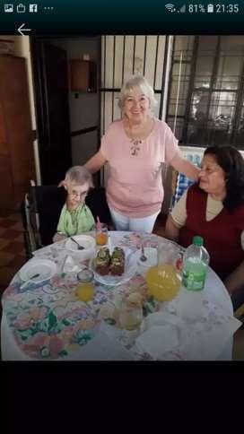 CUIDO ABUELOS HONESTIDAD