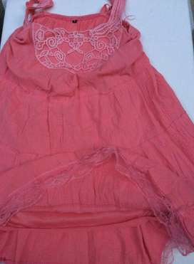 Vestido Coral hermoso, elastizado en la espalda, divino