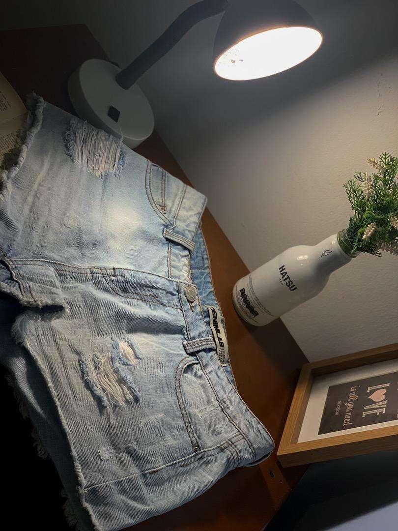 Short jean 0