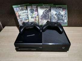 Consola Xbox One S De 1t + 2 Controles + 5 Videojuegos