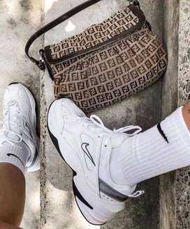 Nike tekno dama y caballero