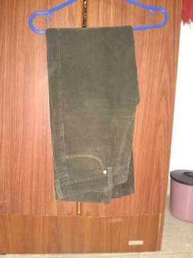 Pantalón de corderoi Marrón