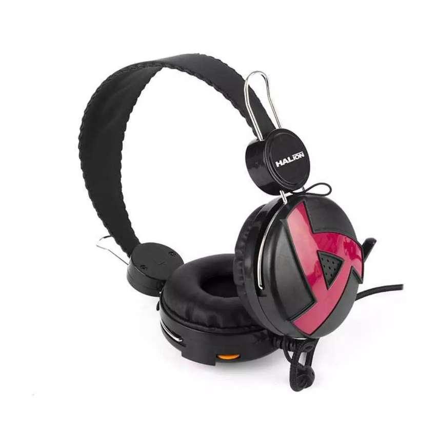 Audifonos con micrófono para PC 0