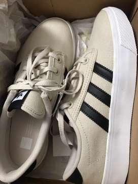 Zapatillas Adidas Kiel nuevas