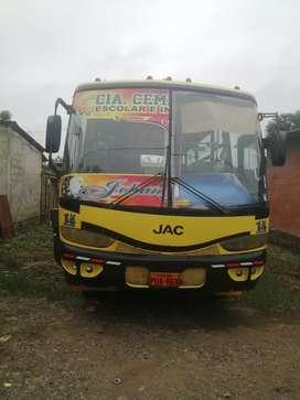 Micro bus Jac 12800 negociable