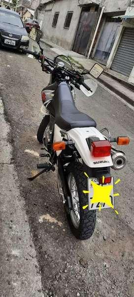 Vendo Moto Dr 650 Al Día Lista Para el traspaso