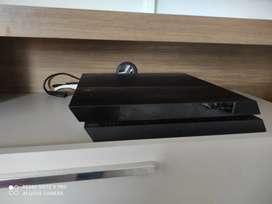 Playstation 4 - 2 controles originales, FIFA 20 y crash