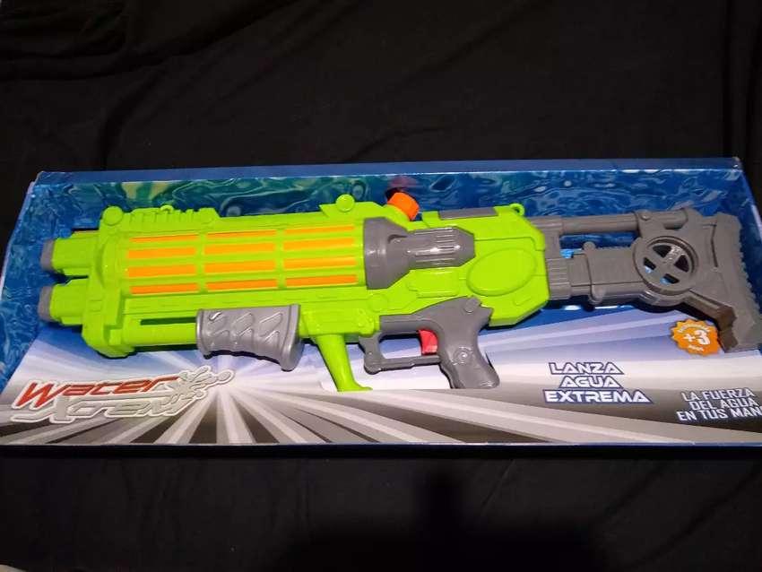Pistola de agua 0