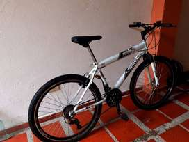 Se venden bicicletas económicas en buen estado