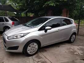 Vendo Ford fiesta kinetic 2016