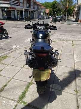 Susuki V-Strom 1000cc.