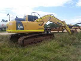 Excavadora komatsu pc 200 Lc