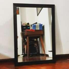 Espejo con Marco de Madera 50x70