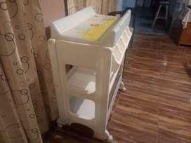 cambiador/ bañera para bebé