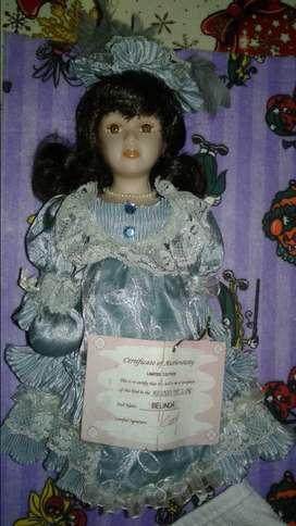 Muñeca de colección de EEUU  con certificado de autenticidad