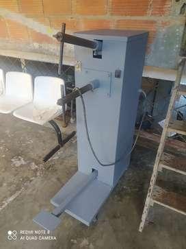 Se vende soldadora de punto eléctrica