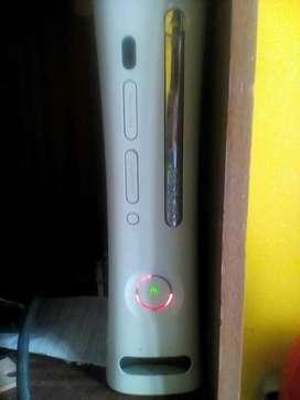 Vendo  Consola Xbox 360 ,repuestos