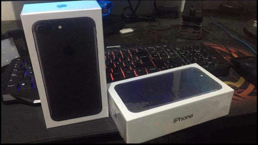 iPhone 7 Plus 128GB Color Negro Mate 0
