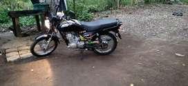 Se vende moto suzuki  ax4 negociable