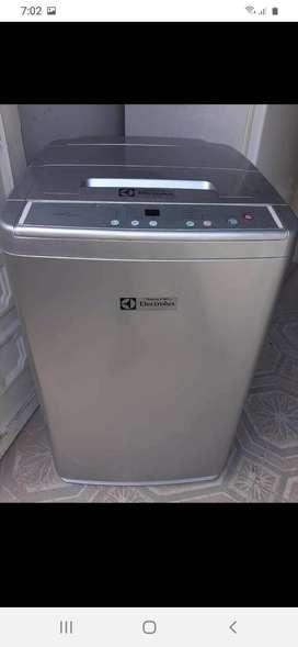 instalAcion de lavadoras Bogotá instalAcion a marcas reconocidas whirlpool lg mabe electrolux frigidaire haceb daewoo Bo