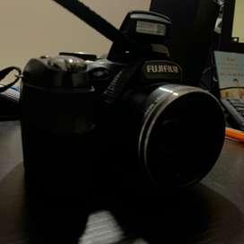 Cámara Fujifilm finepix s2500HD