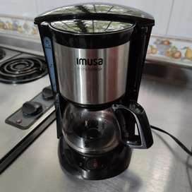 Cafetera mini Break Imusa usada. Excelente estado