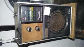 RADIO SHARP AÑOS 70