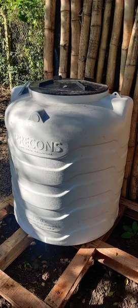 Tanque de 550 litros