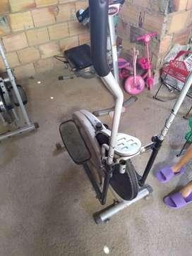 Vendo maquina para hacer ejercicio