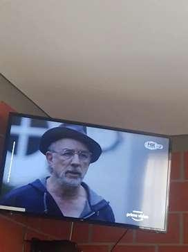 TV marca Kalley 42 pulgadas Smart TV