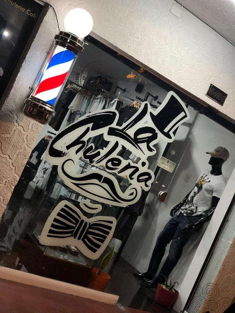 Vendo o Permuto Hermosa Barberia Boutique 0