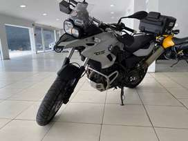 BMW GS 700 único dueño