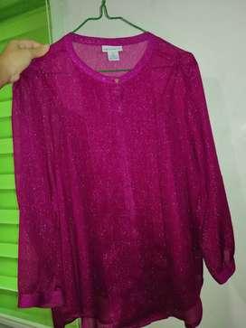 Blusa manga larga color fuscia brillosa Talla S